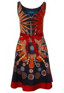 Skøn farverig kjole